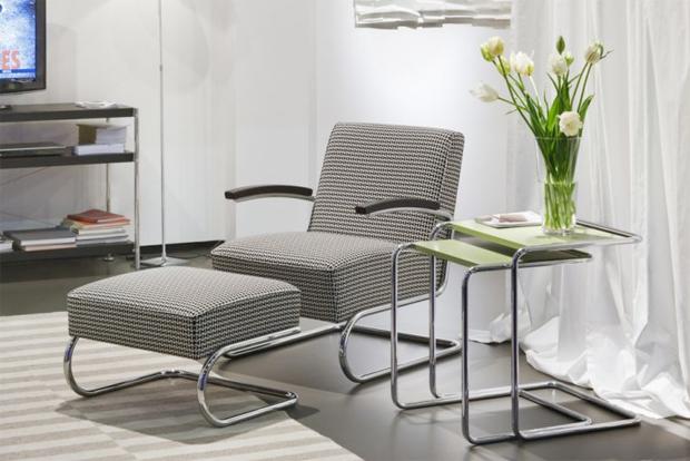 thonet s 411 stahlrohrsessel mit passendem hocker. Black Bedroom Furniture Sets. Home Design Ideas