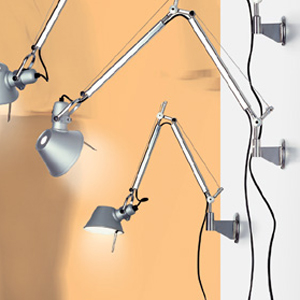 artemide wandleuchte tolomeo design fassina und de lucci. Black Bedroom Furniture Sets. Home Design Ideas