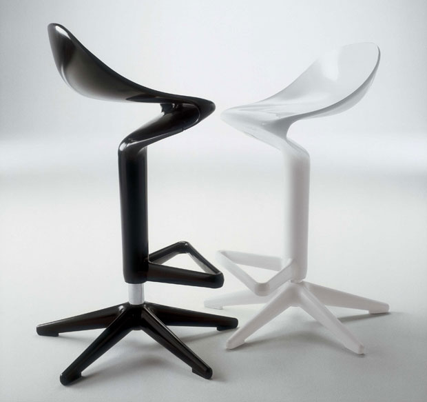 kartell_spoon_hocker_3.jpg