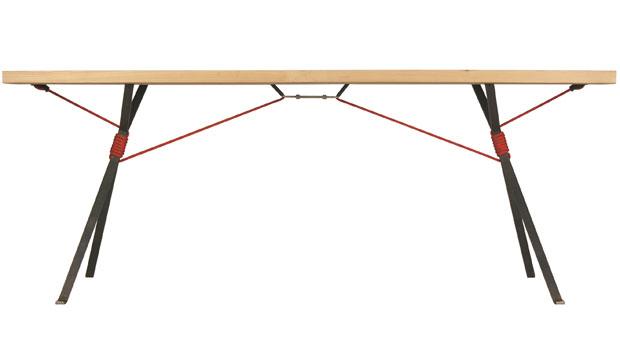 Moormann kampenwand tisch design nils holger moormann for Design tischgestell