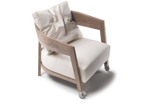 flexform caroline sessel design centro studi 2010. Black Bedroom Furniture Sets. Home Design Ideas