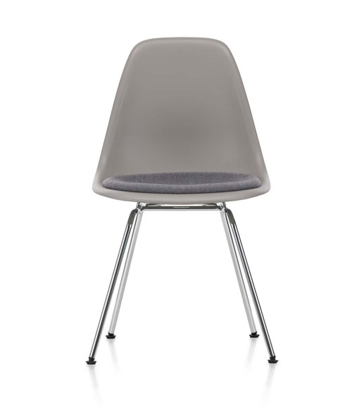 Eames-Plastic-Side-Chair-DSX_00012F66.jpg