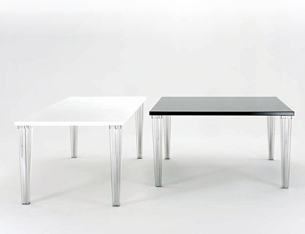 kartell toptop tisch design philippe starck und eugeni quitllet. Black Bedroom Furniture Sets. Home Design Ideas