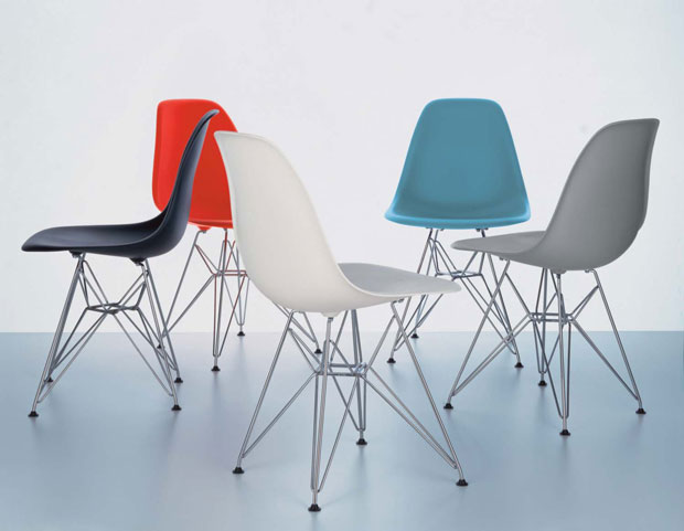 Vitra eames plastic side chair dsr charles & ray eames 1950