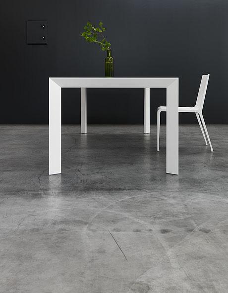 Kristalia nori tisch design bartoli design for Tisch graphic design