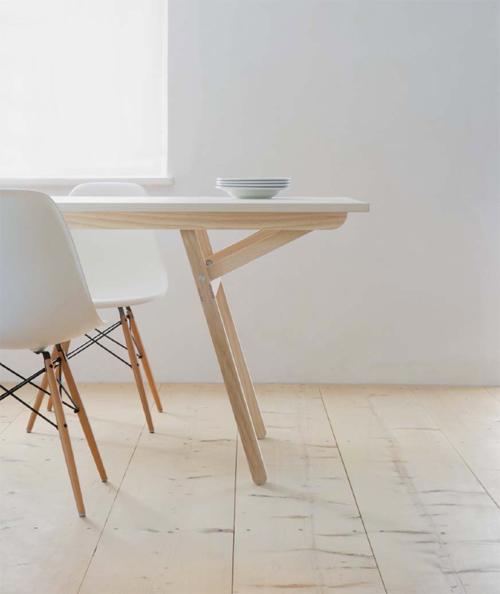 Moormann klopstock tisch design daniel kern 2013 for Tisch graphic design