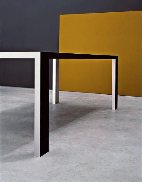 Kristalia fifty tisch design ruggero magrini bluezone for Tisch graphic design