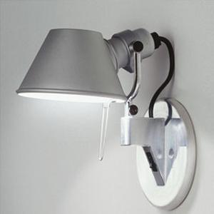 artemide wandleuchte tolomeo faretto diffusore design fassina und de lucci. Black Bedroom Furniture Sets. Home Design Ideas
