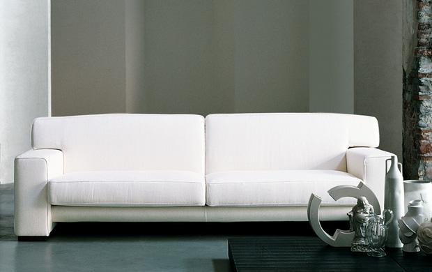 LIVING DIVANI - VINTAGE Sofa (design: C.R.S.)