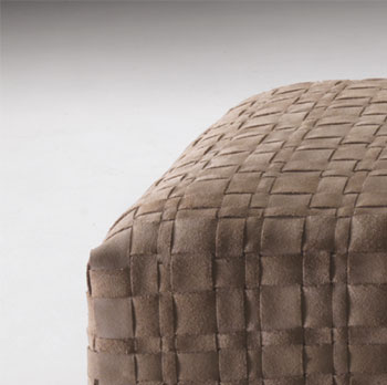 flexform_bangkok_hocker_detail.jpg