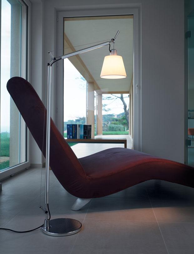 artemide stehleuchte tolomeo basculante design de. Black Bedroom Furniture Sets. Home Design Ideas
