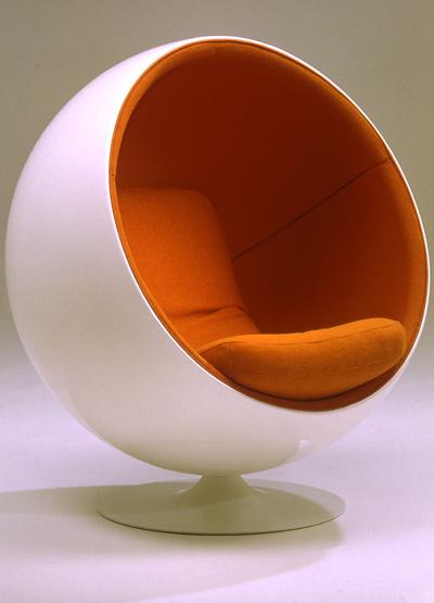 ADELTA BALL CHAIR ( design: Eero Aarnio 1962)