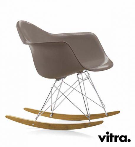 VITRA PLASTIC ARMCHAIR (Charles & Ray Eames 1950)